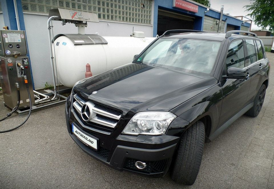 MERCEDES-BENZ GLK 300 4-MATIC